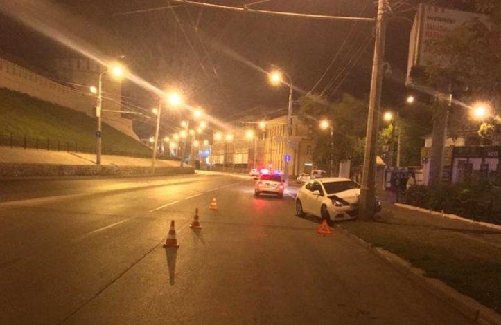 В центре Астрахани в ДТП разбились иностранцы