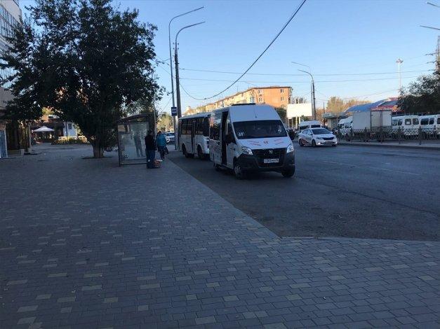 В Астрахани популярную остановку перенесли на новое место