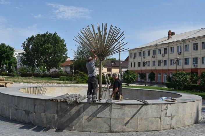 Астраханские фонтаны скоро заработают