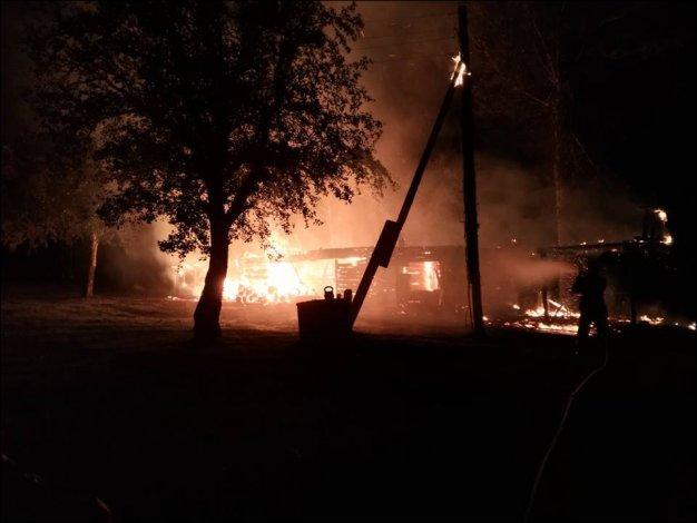 На хуторе в Астраханской области сгорел мужчина