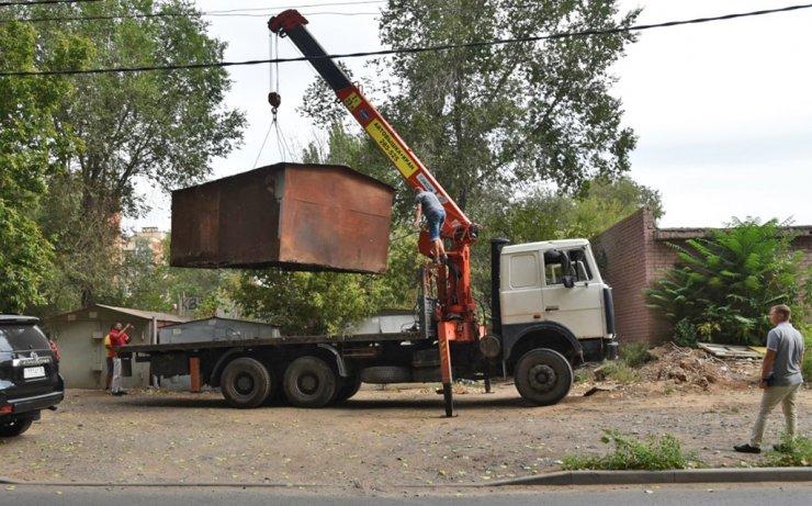 В Кировском районе Астрахани уберут 500 гаражей