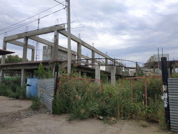 На месте бывшего рынка в Астрахани построят сквер или дом
