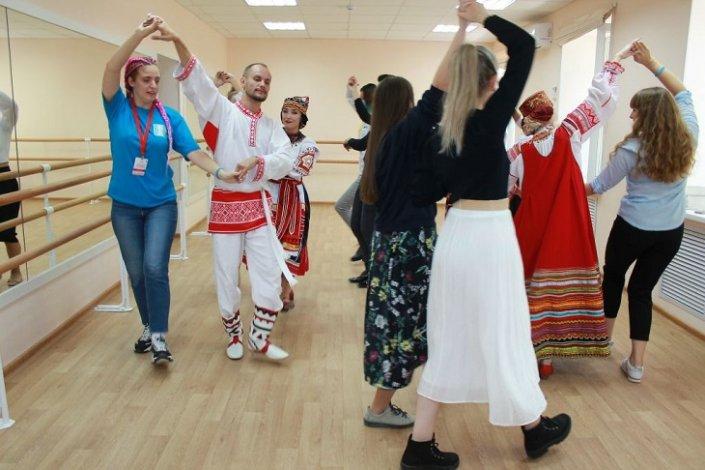 В Астрахани прошёл форум «Мост идентичности»