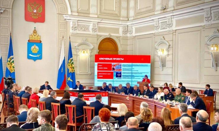 Астраханский губернатор узнал от ОНФ о заброшенном кладбище военных