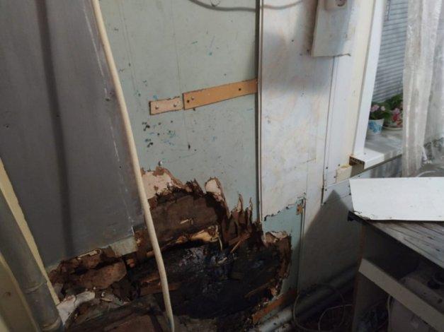 За сутки в Астраханской области произошло 11 пожаров