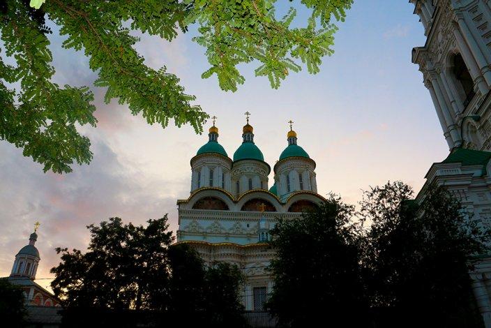 Астрахань – столица чего? Ответ в прогулке по улице Чернышевского