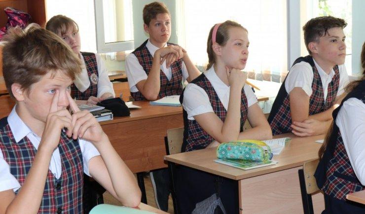 В православной гимназии прошла лекция «Исчезнувшие храмы Астрахани»