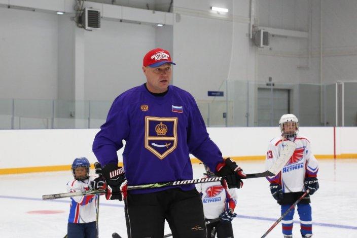 Астраханский губернатор вышел на лёд