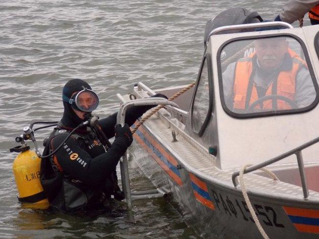 Под Астраханью в реке нашли труп мужчины