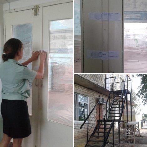 В Астраханской области приставы остановили работу поликлиники