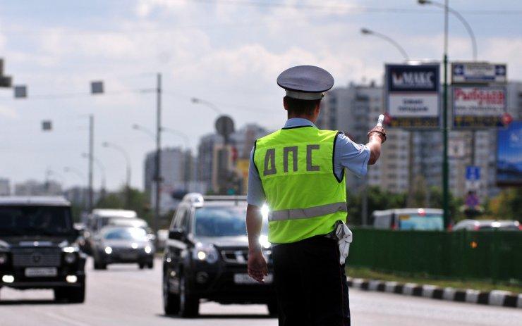 На Адмиралтейской полицейский спас астраханца