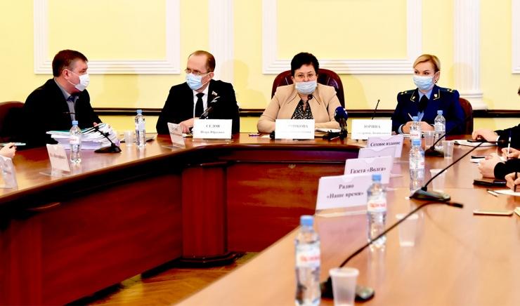Городские власти ответили на актуальные вопросы по выселению из аварийного жилья в Астрахани