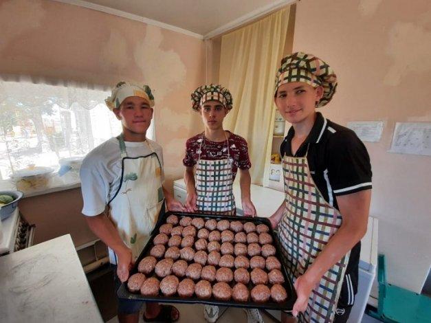 В Астраханской области заработал проект «Подари профессию»