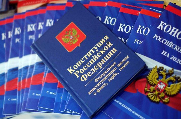 Астраханских чиновников отметили по итогам общероссийского голосования