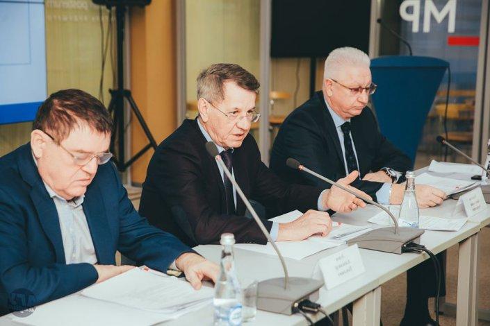 Александр Жилкин и все-все-все: как проходило заседание попечительского совета АГУ