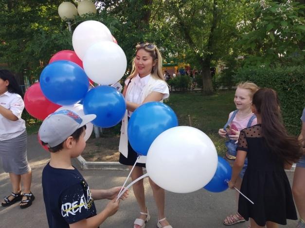 Астраханские железнодорожники провели тематические акции по случаю Международного дня защиты детей