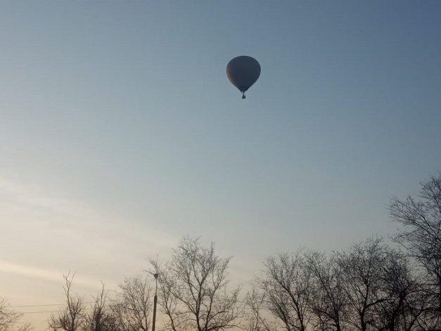 Аэростат над городом взволновал астраханцев