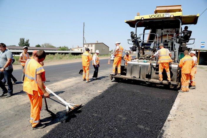 В Астрахани отремонтируют больше дорог