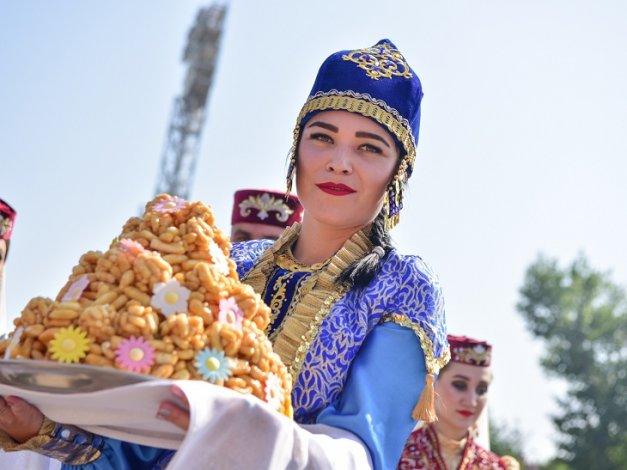 Бабушкин и Мартынов стали почётными гостями на Сабантуе