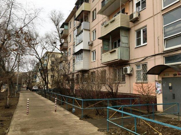 Две причины отключения горячей воды в разных концах Астрахани