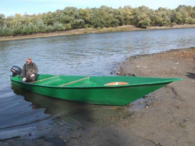 При столкновении двух лодок под Астраханью погиб мужчина