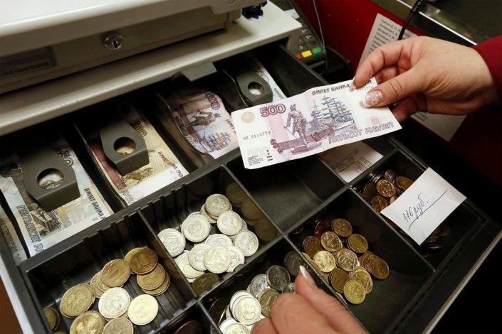 Астраханская продавщица заплатила мошенникам за несуществующий баннер