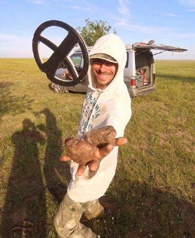 В Астрахань везут осколки метеорита