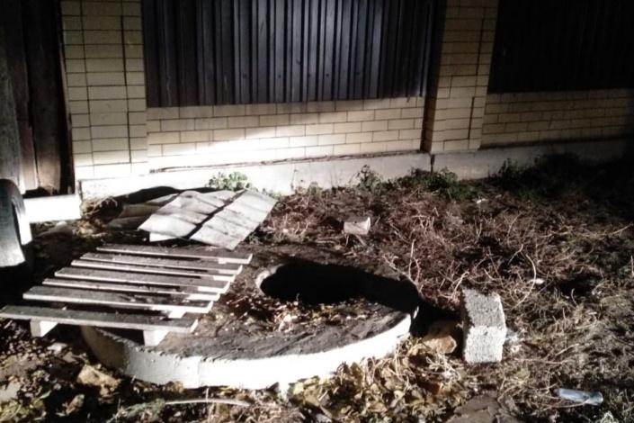 Шестилетний астраханец утонул в канализационном колодце