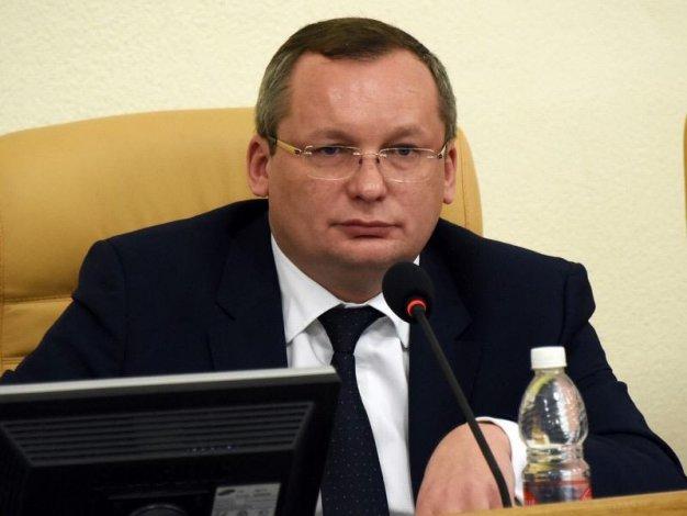 Медиарейтинг спикера астраханской облдумы Игоря Мартынова рванул вверх