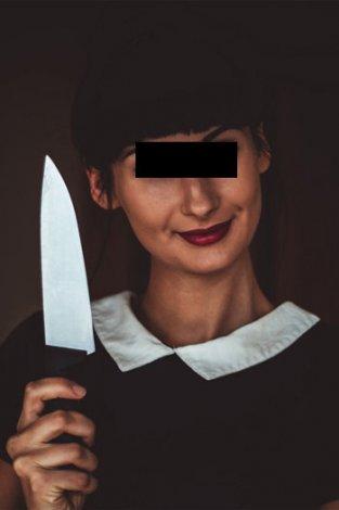 Юная разбойница напала с ножом на 85-летнюю старушку в Астрахани
