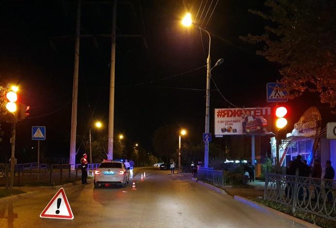 В ночном ДТП у гипермаркета «Лента» в Астрахани погиб пешеход