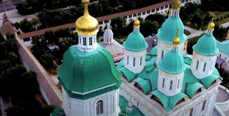 С 28 октября в Астрахани введены новые коронавирусные ограничения