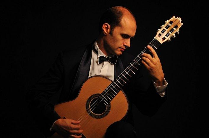 В Астрахани прозвучит лучшая гитара мира